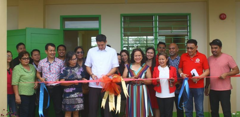 A three-story three-classroom building inauguration in V&G National High School