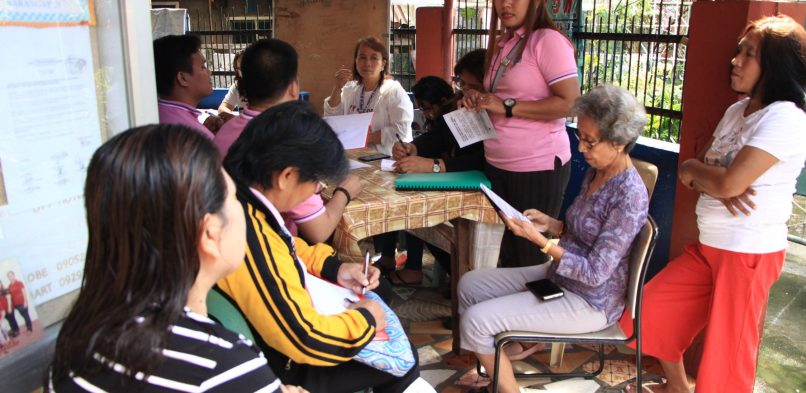 Tacloban City Gov't conducts SWM info drive in barangays