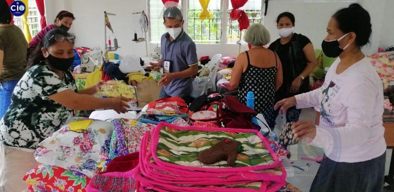 Livelihood Training Center ha Norte Tacloban ipapasundayag ha EVSU Trade Fair