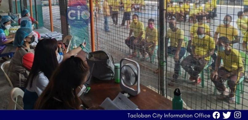 563 nga mga Preso, protektado na kontra COVID-19